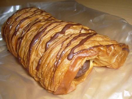 チョコの入ったサクサクの菓子パン